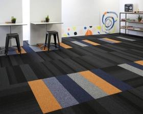 balance-echo-carpet-planks-tufted-loop-pile-grey-studio-00077